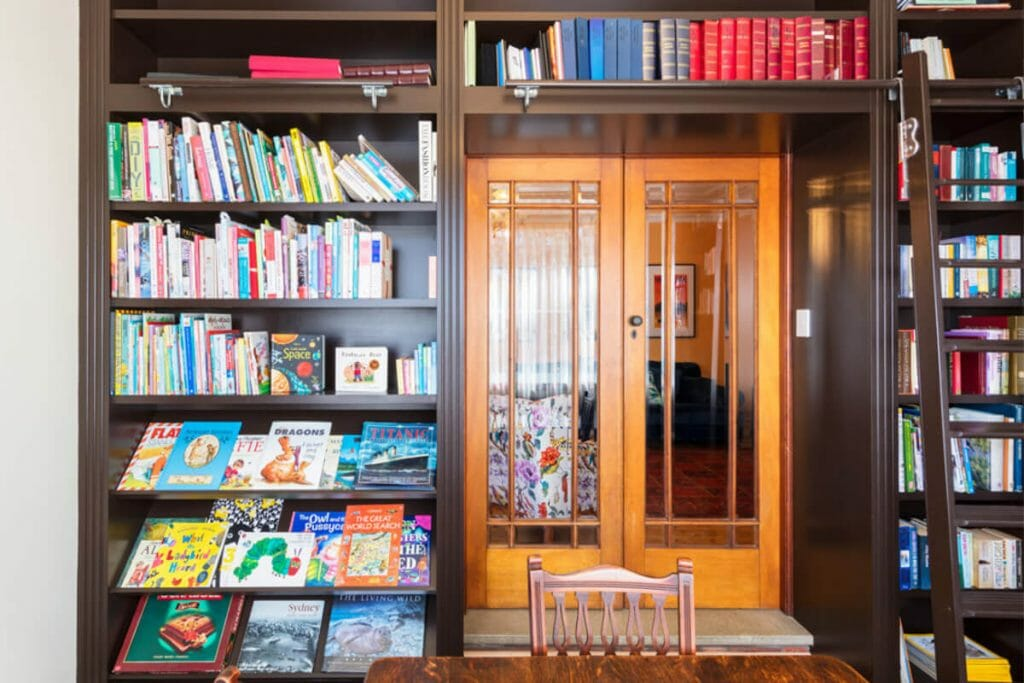 09-LIBRARY-1024x683